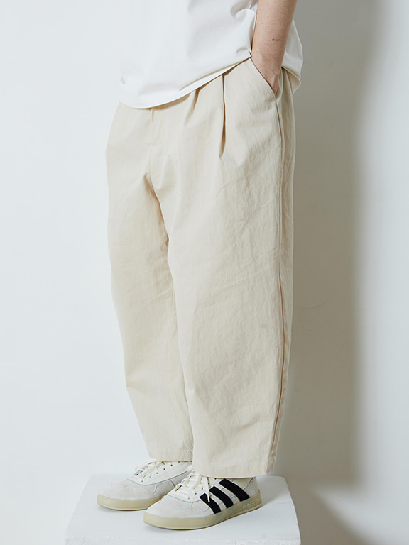 WIDE CHINO PANTS(CREAM)