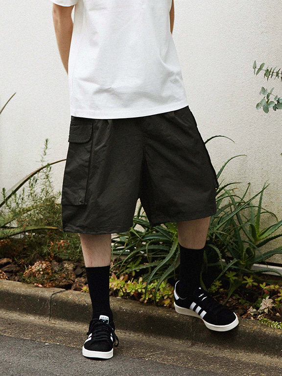 WIDE CARGO SHORTS(SMOKE)
