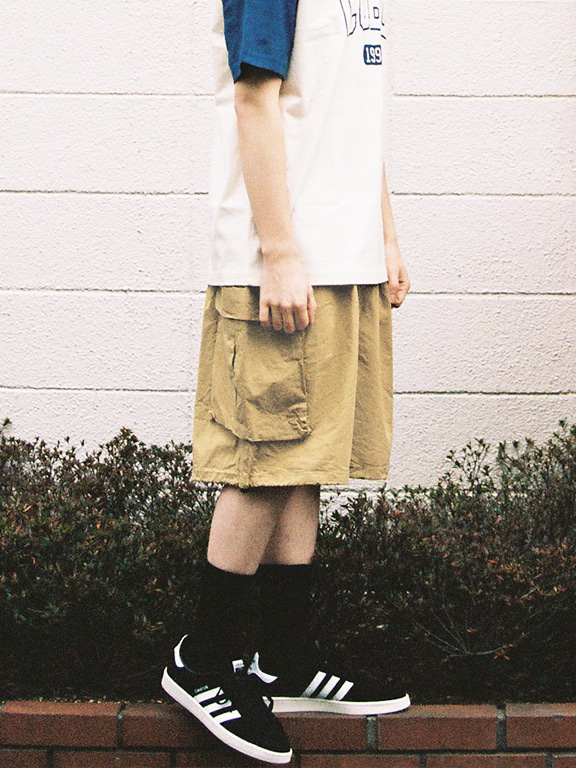 WIDE CARGO SHORTS(BEIGE)